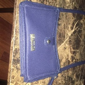 Reaction by Kenneth Cole cross body bag